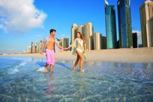 Пара в Дубае