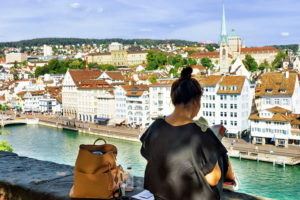 Девушка в Цюрихе