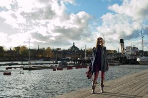 Девушка в Швеции