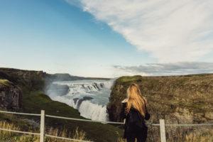Девушка в Исландии