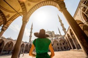 Девушка в Турции