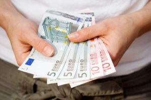Евро в руках