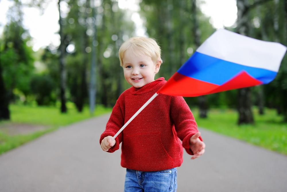 Как иностранному гражданину продлить миграционную карту в России – куда обращаться и сколько это стоит?