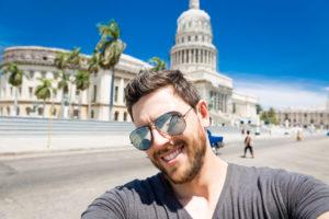 Мужчина в Гаване
