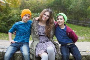 Няня с мальчиками