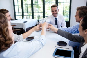 Бизнес встреча в ресторане