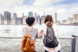 Девушки в Нью-Йорке