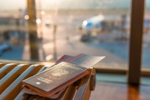 Паспорт в аэропорту