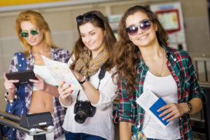 Девушки туристки
