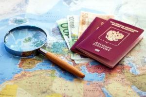 Загранпаспорт и деньги