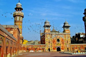 Мечеть Вазир Хана
