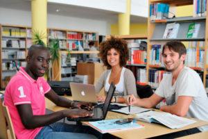 Очная форма обучения в университете